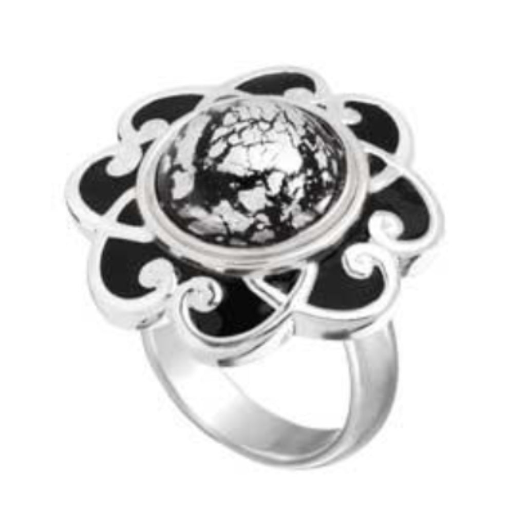 Black Enamel Flower Kameleon Legacy Ring