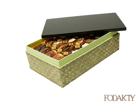 Date gift box with assortment of dates - Shah Big