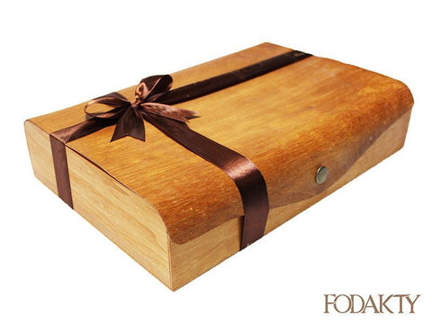 Date gift box with assortment of dates - Bu Maharah Large Box