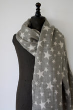 Load image into Gallery viewer, Stars scarf