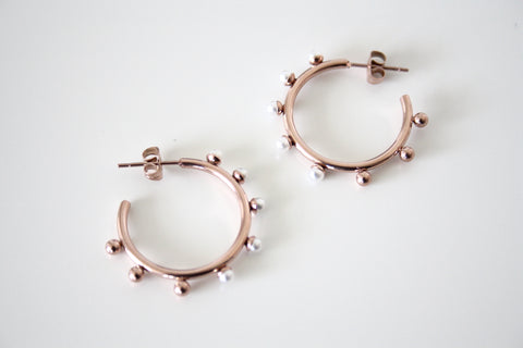 Pearl hoop rose gold