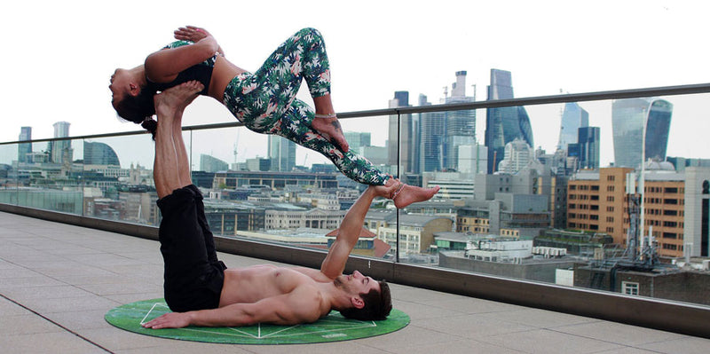 5 Benefits of Doing Yoga As A Couple