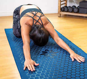 Clever Yoga Non Slip Yoga Mat Towel with Unique Silicone Design