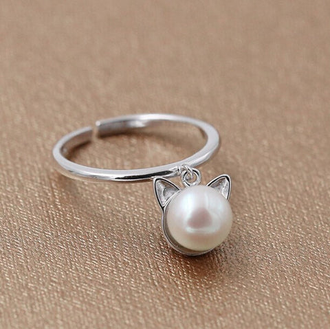 Vintage Silver & Pearl Dangle Cat Ring