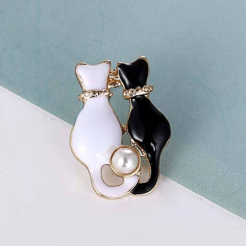 Black & White Pearl Gold Cat Enamel Brooch