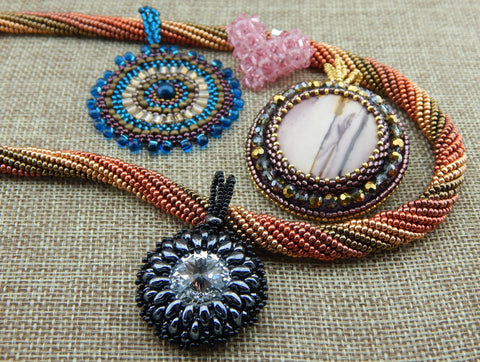 Beaded Pendant & Necklace Patterns