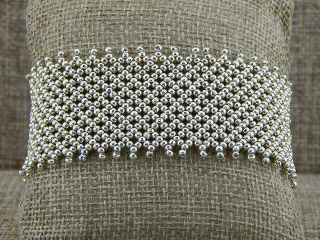 Basic Netting Bracelet
