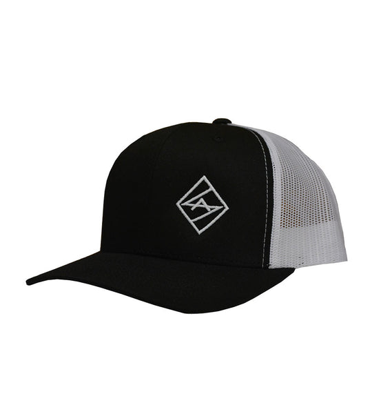 Black / White Curved Snapback