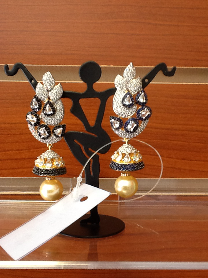 Earrings S110-$56