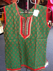 Green and Red Short Kurti Size XL Length 24 VS-8B200