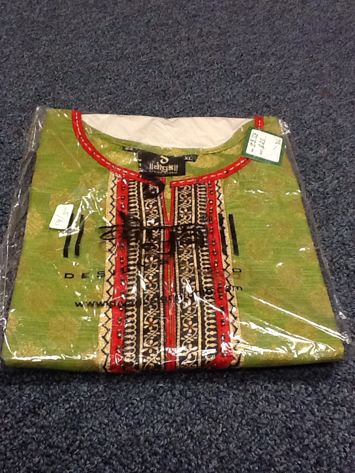 Green and Red Short Kurti Size XL Length 24 VS-8B168