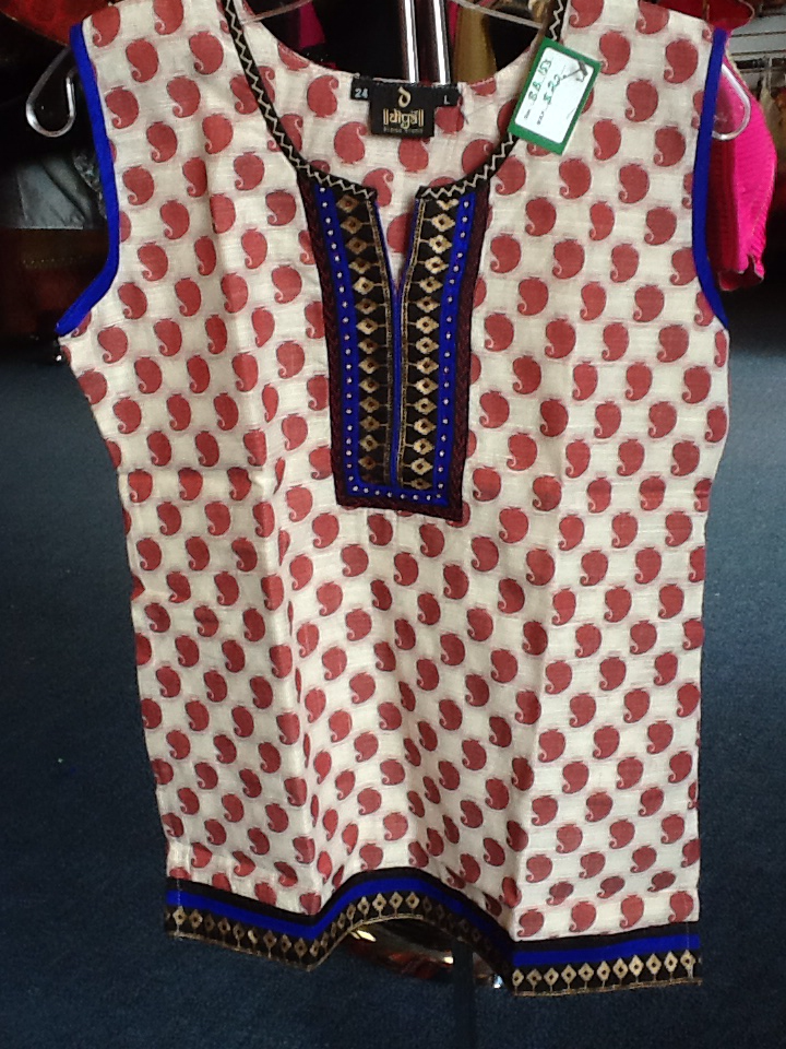 Cream and Red Short Kurti Size L Length 24 VS-8B153
