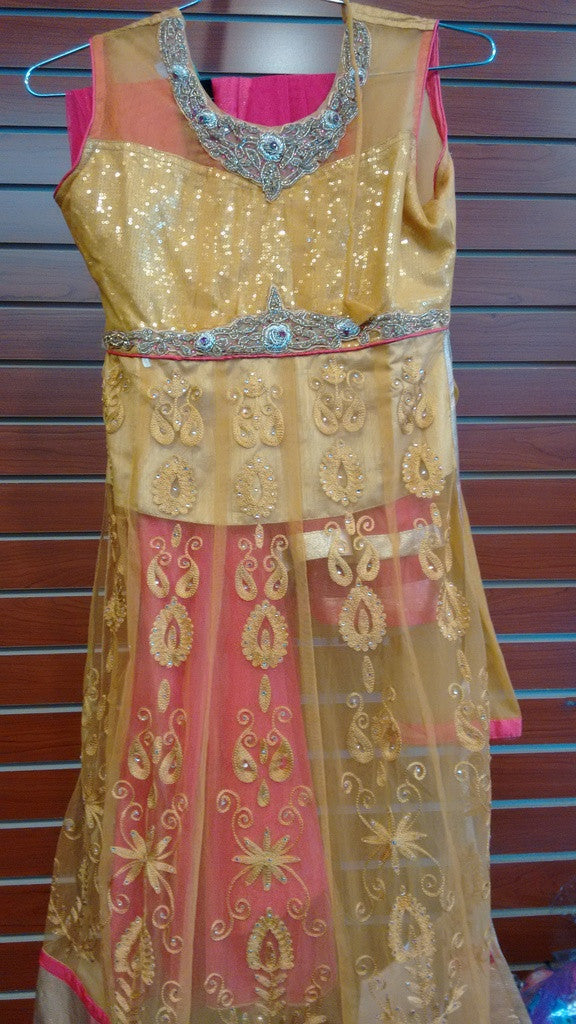 Girl's Masturd And Pink Salwar Suit