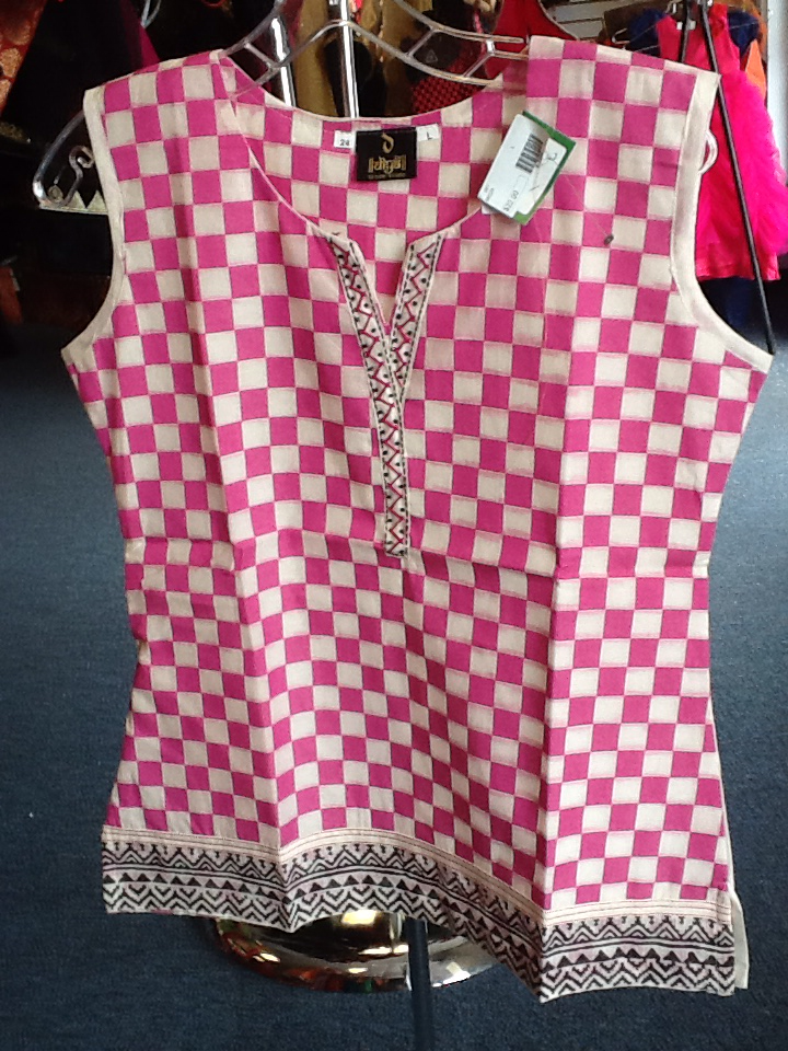 Cream and Pink Ckecks Short Kurti   Size L Length 24 VS-8B228