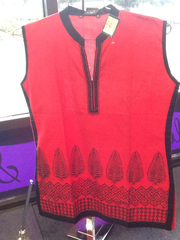 "Short Kurti of Red And Black Color Size XL and Length 28"" VS-7B84"