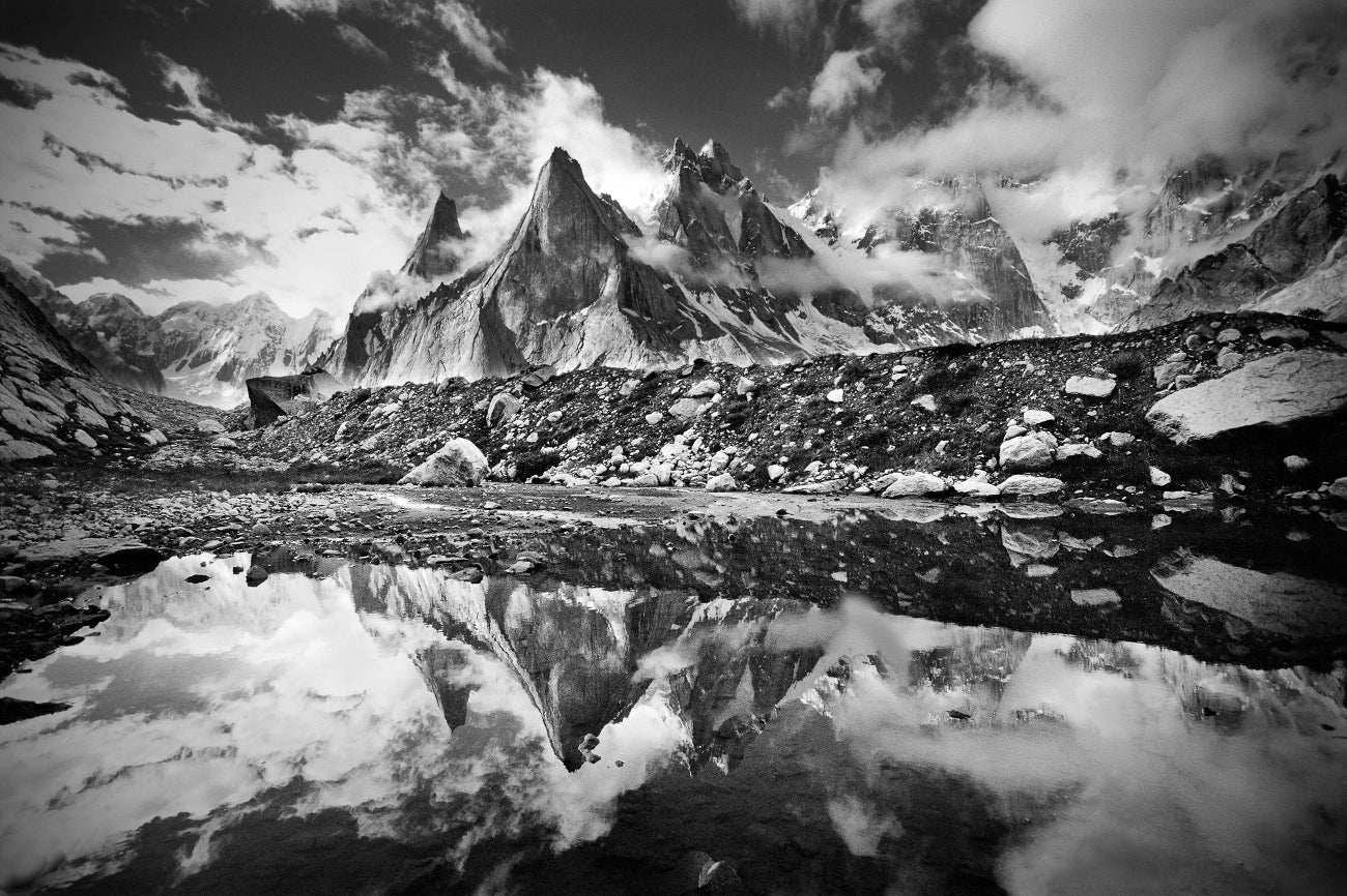 CLOSED! HANAH Giveaway: Win a framed photo from Jimmy Chin's photography collection and a HANAH prize pack