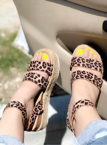 Two Strap Leopard Topic Sandals