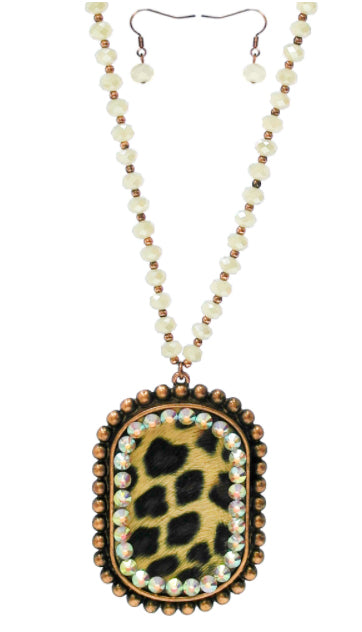 Metal Leopard Necklace with Crystals