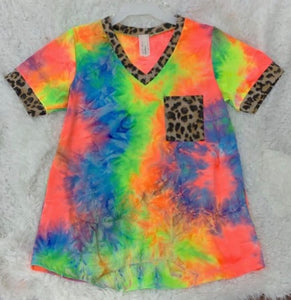 Tie Dye Top with Leopard Print Pocket