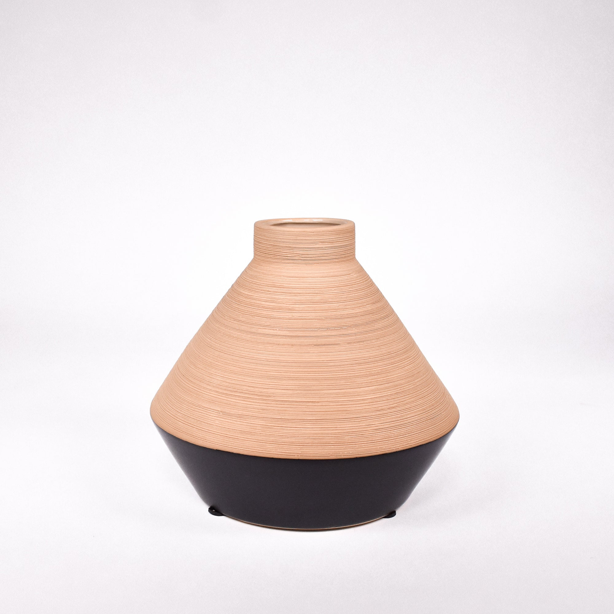 Sand and Black Vase - Rug & Weave