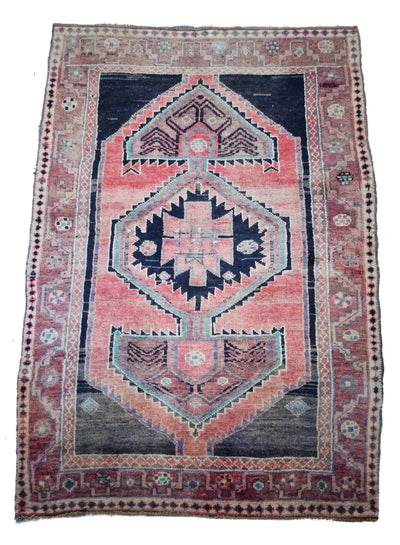 "Antique Tabriz 4'11"" x 6'2"""