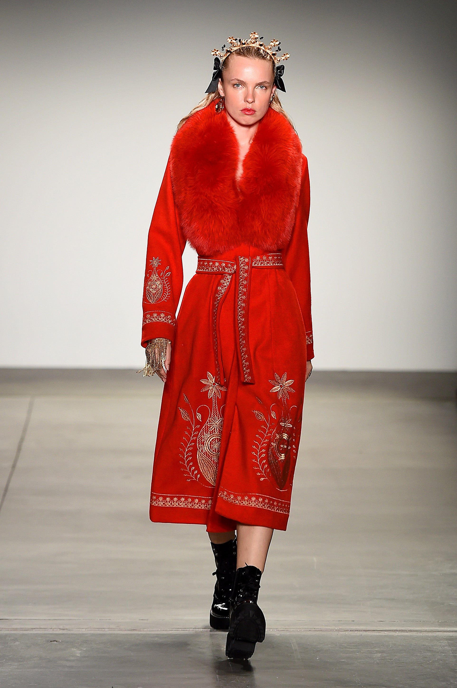 Embroidery Wool Coat by aŠady