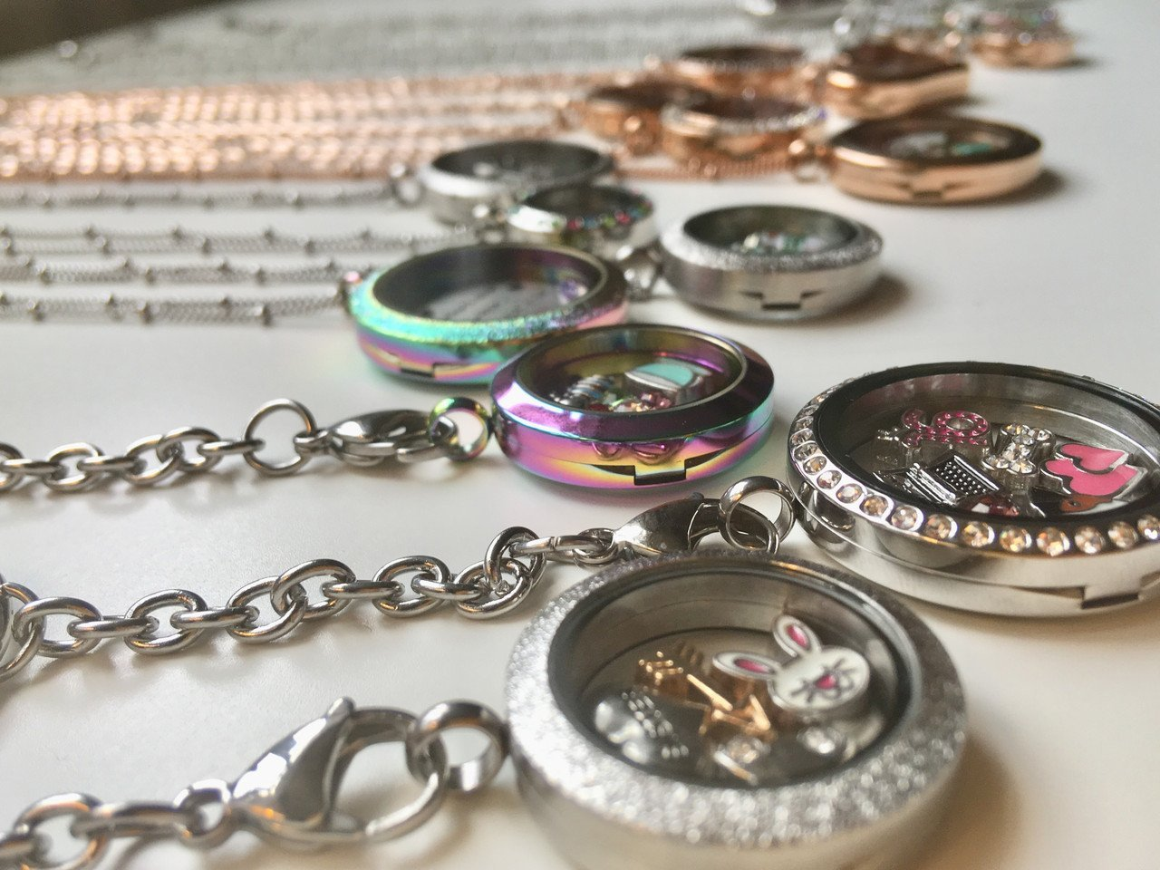 All lockets are composed of high quality stainless steel