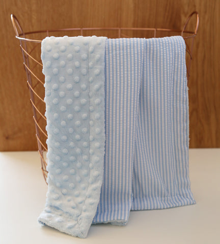 Minky/Seersucker baby blanket in blue - display