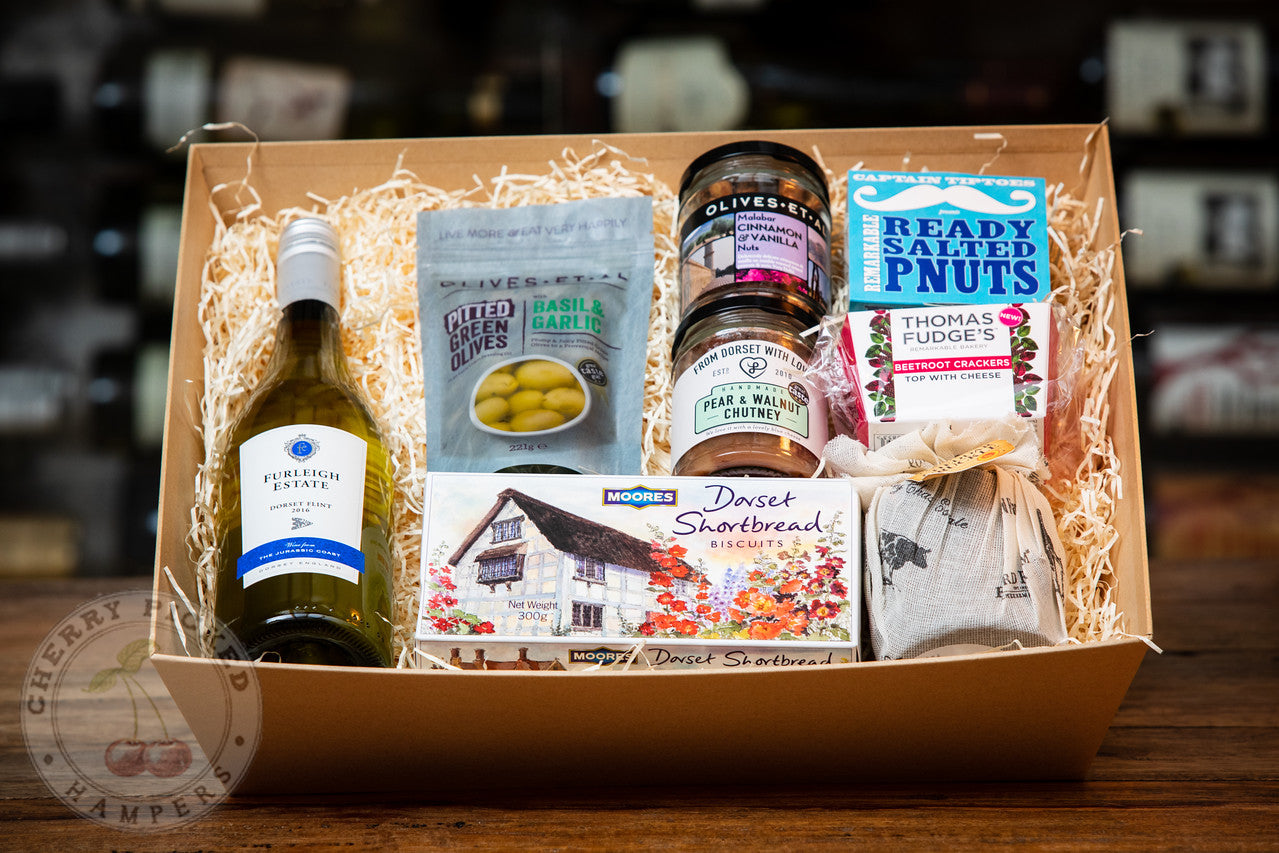 Dorset Hamper of Treasures - Christmas Gifts - Cherry Picked Hampers - 100% Dorset