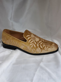 Mens Embroidery Loafers