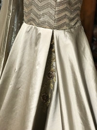 Gold Grey Size 38 Gown