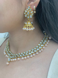 Ariha Necklace Set