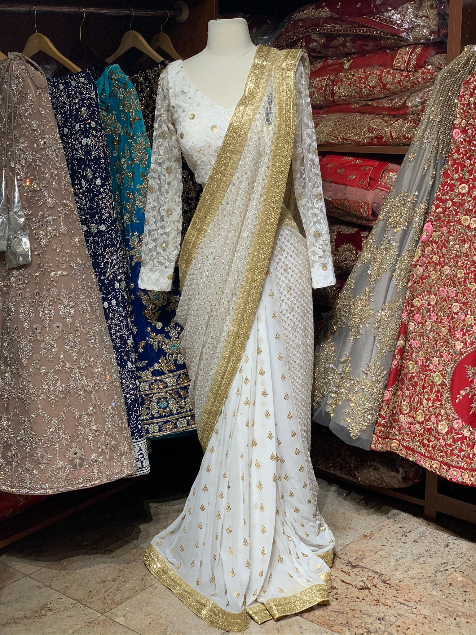 White Pre-Stitched Saree W/ Readymade Blouse PSS-19