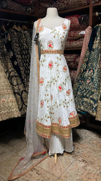 White Size 38 Short Anarkali Suit