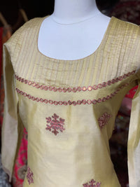 Cotton Chanderi Kurti W/Thread Work D130