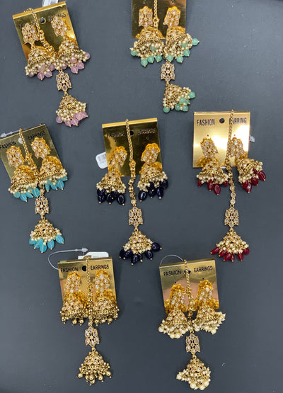 Antique Gold Earrings W/Mang Tikka E2