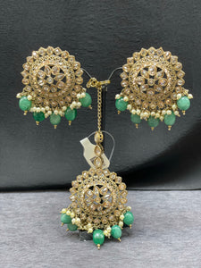 Antique gold earrings/stud with maangtikka