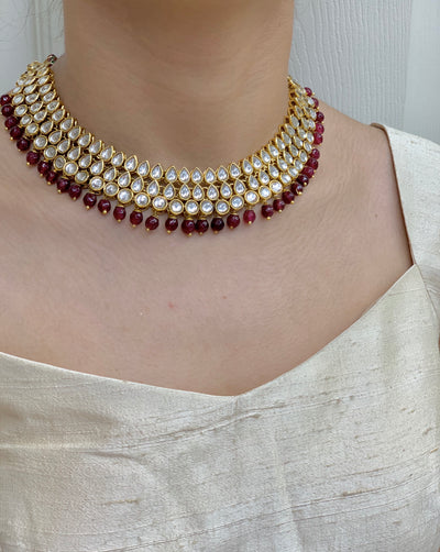 Gold Kundan Necklace Set W/Earrings & Mang Tikka NS21