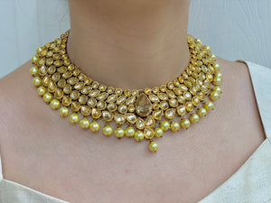 Gold Kundan Necklace Set W/Earrings & Mang Tikka NS11