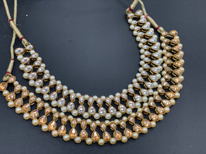 Gold Kundan Necklace Set W/Earrings & Mang Tikka NS14
