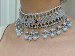 Silver Pearl Choker Necklace Set W/Earrings & Mang Tikka NS8