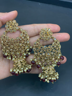 Antique Gold Necklace Set W/Earrings & Mang Tikka NS5