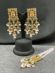 Antique gold earrings with maangtikka
