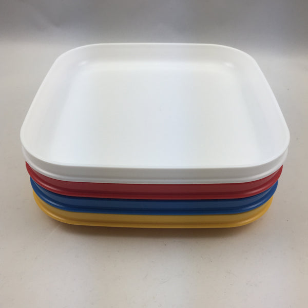 Tupperware Vintage Square Plates Picnic or Activity / Craft