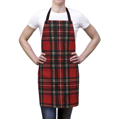 Red and Black Plaid Apron | The Chocolate Chicken | Modern Farmhouse Home Decor