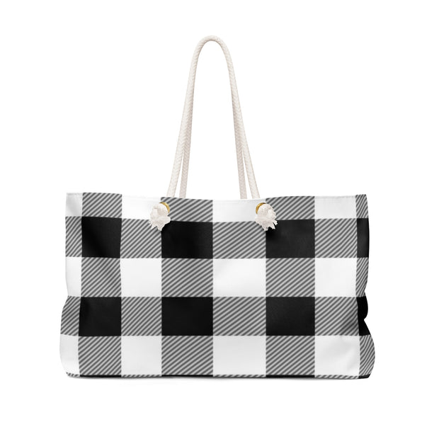 Black and White Checkered Weekender Bag | The Chocolate Chicken | Modern Farmhouse Home Decor