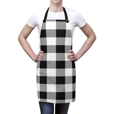 Black and White Plaid Apron | The Chocolate Chicken | Modern Farmhouse Home Decor
