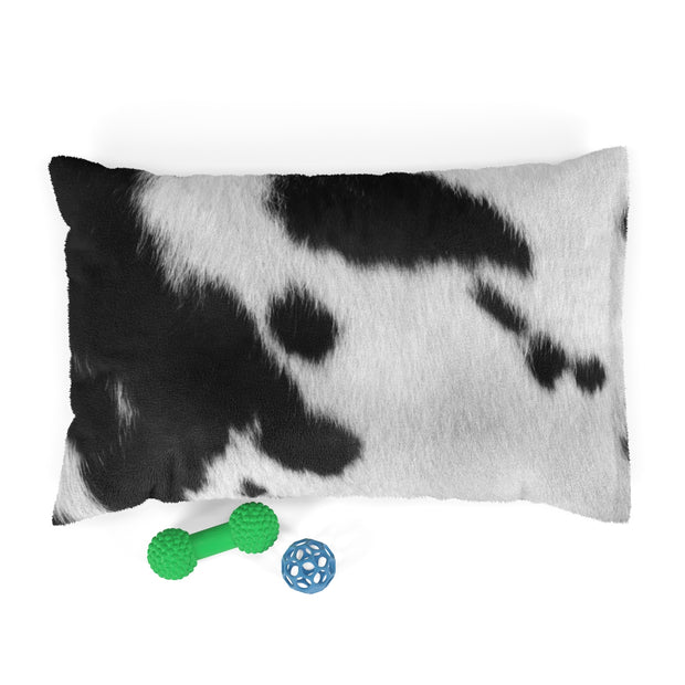 Black and White Cow Print Dog Ped | The Chocolate Chicken | Modern Farmhouse Home Decor