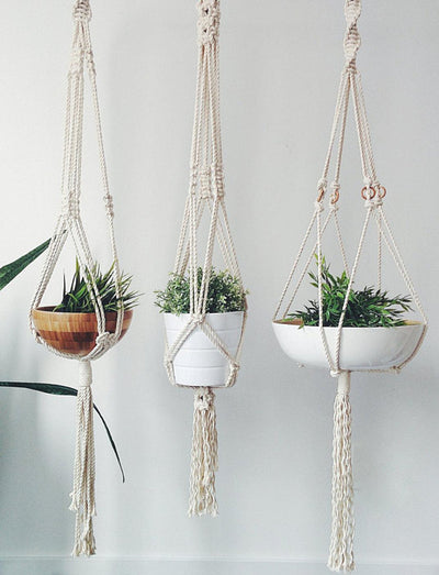 Macrame Plant Hanger | The Chocolate Chicken | Modern Farmhouse Home Decor