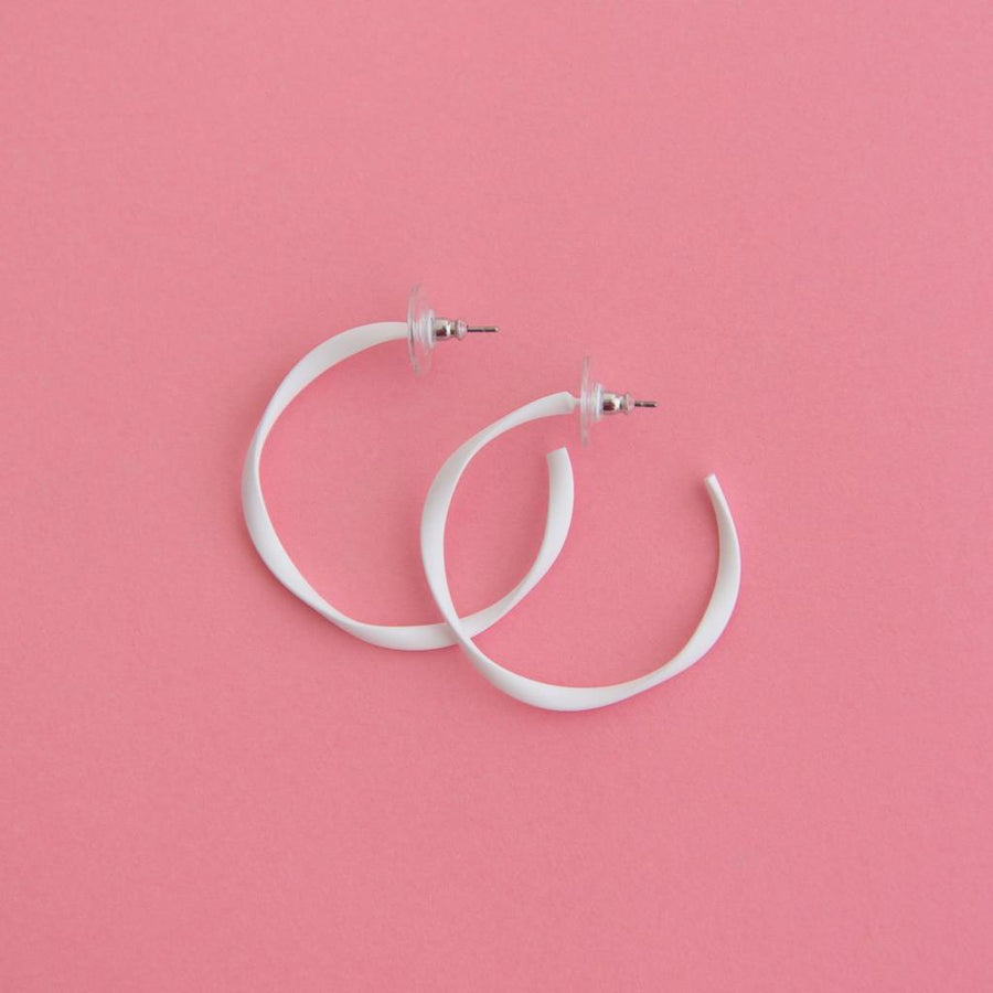 Twisted Midi Hoop White